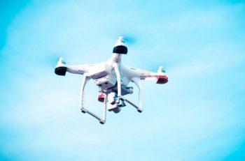 sterowanie dronem
