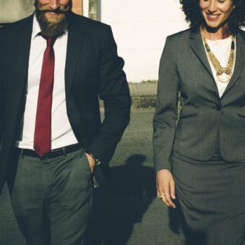 jak zatrudniać pracownika z zagranicy